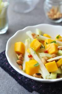 karalábé - mangó saláta, laktózmentes recept