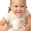 Miért ajánlják a tejet az USA-ban laktózintolerancia esetén is?