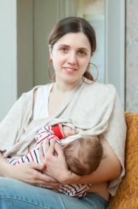 Anyatejes táplálás, szoptatás fontos a későbbi egészséghez.