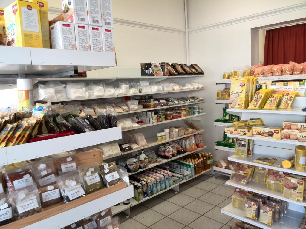 A debreceni táplálék allergia üzlet széles tejmentes és laktózmentes  termékválasztékkal várja. c9e43cf123