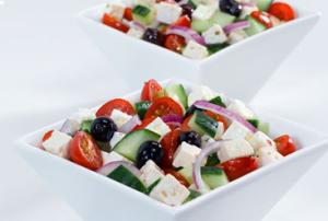 görög saláta laktózmentes feta sajttal.jpg