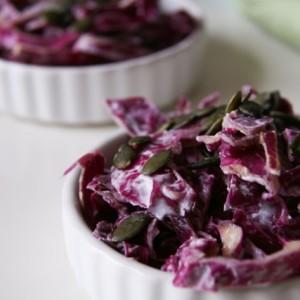 Joghurtos lilakáposztasaláta - laktózmentes recept